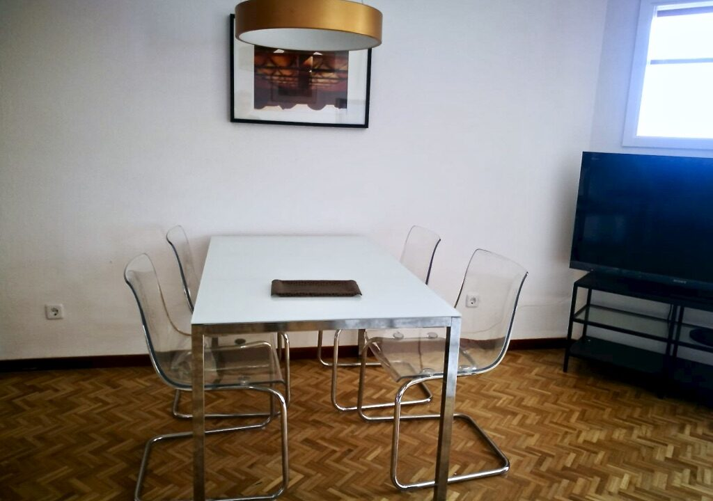 Apartment-to-Rent-in-Paseo-Marítimo