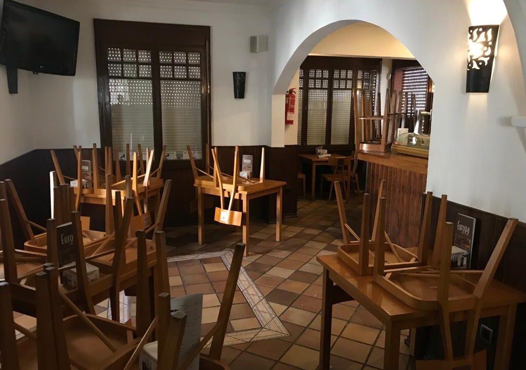 Restaurant-Bar-in-Son-Armadams